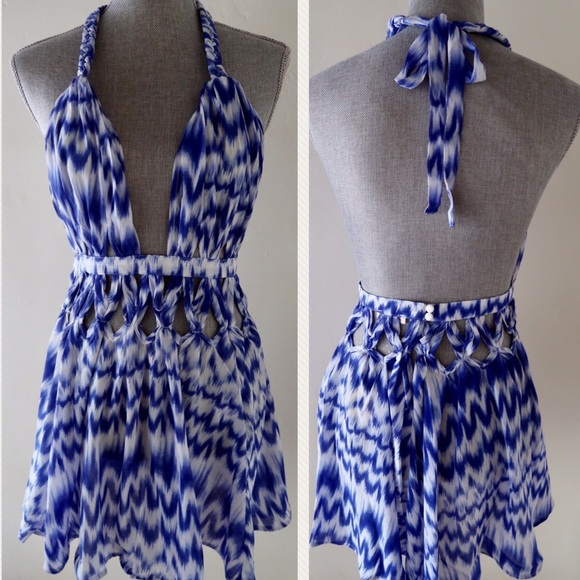 Dresses & Skirts - LANA- Bombshell Backless Mini Dress LUXXEL